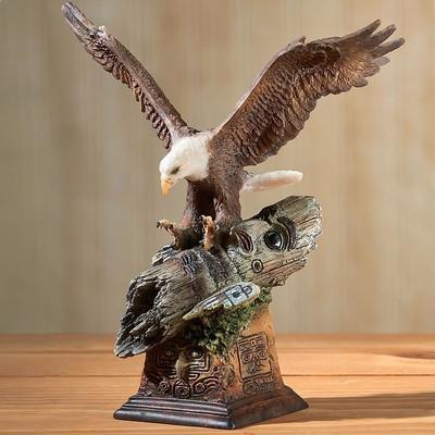 "Eagle Sculpture ""Totem"""