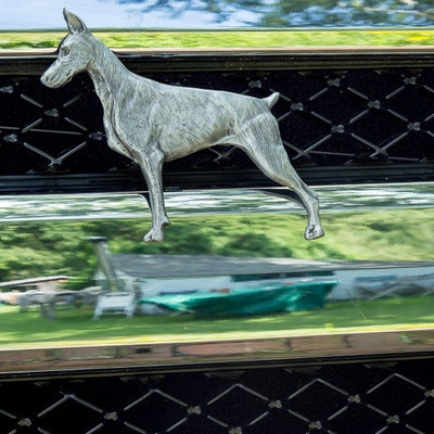 Doberman Grille Ornament