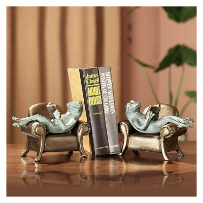 Frogs Reading on Sofa Bookends | 33537