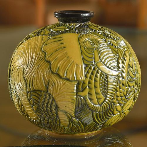 Elephant Limited Edition Ceramic Vase | Rinconada