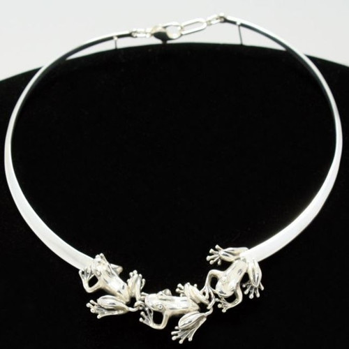 Three Frogs Sterling Silver Collar Necklace   Nature Jewelry