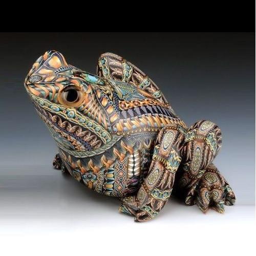 Frog Papa Figurine