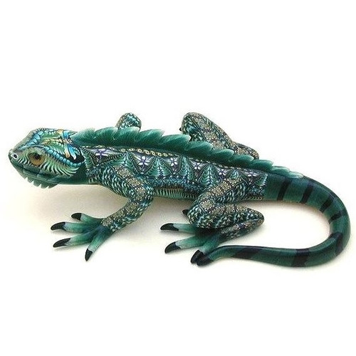 Iguana Mama Figurine | FimoCreations | FCFIM -2