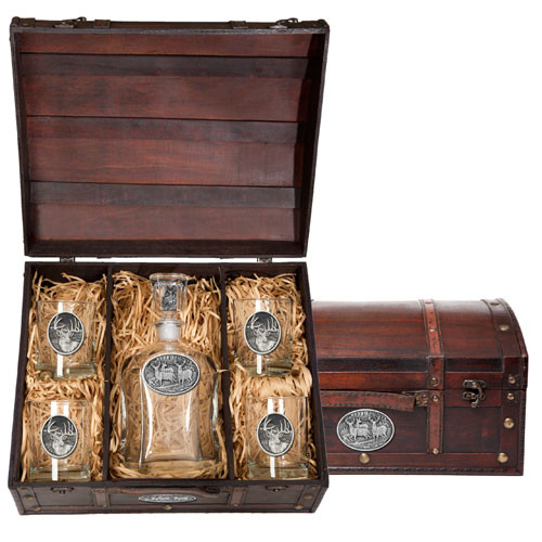 Whitetail Deer Capitol Decanter Chest Set