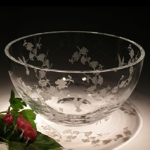 Hummingbird & Dogwood Round Crystal Bowl
