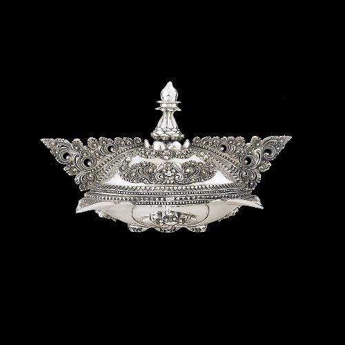 Silver Plated Ornate Jewelry Box   U304