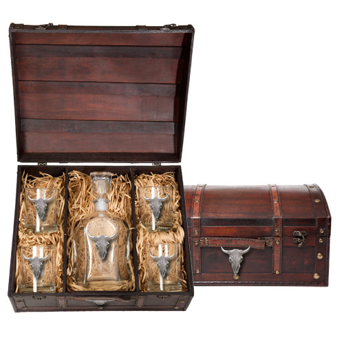 Longhorn Cattle Decanter Chest Set   Heritage Pewter   HPICPTC3270