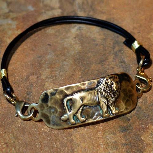 Lion Antiqued Brass Rockband Bracelet   Nature Jewelry