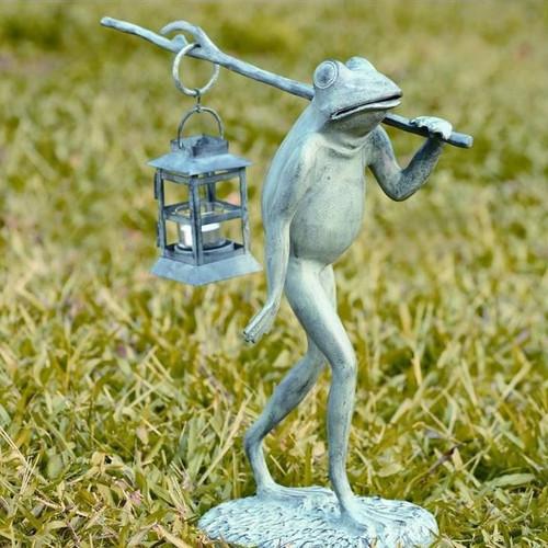Walking Frog Lantern | 33074