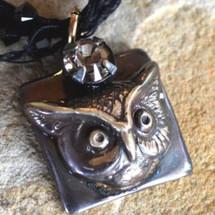 Owl Pendant Necklace Antiqued Gunmetal   Elaine Coyne Jewelry   ECGOWA216pdCRC