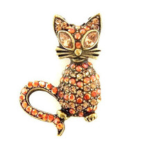 Sparkling Kitty Brooch Pin | La Contessa Jewelry | LCPN8853XG