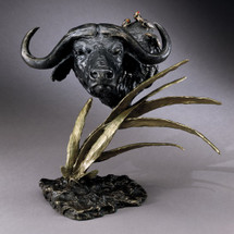 Cape Buffalo Bronze Sculpture   Mark Hopkins   mhs012035