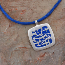 Hammerhead Sharks Pendant Necklace   Big Blue Jewelry   SQ01BLU