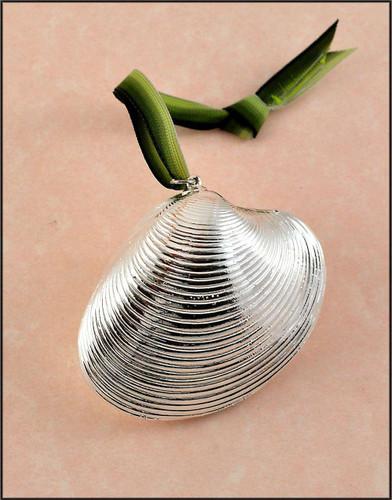 Silver Calista Clam Shell Ornament