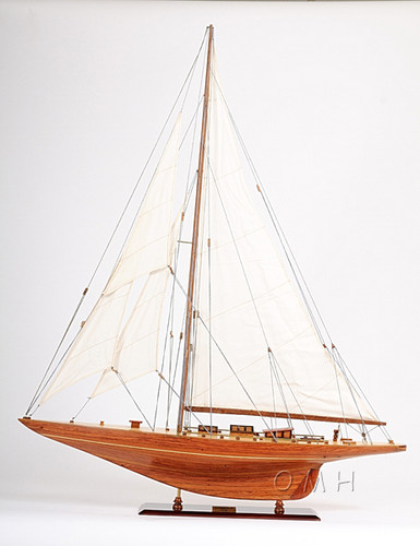 Shamrock V Yacht Sailboat Model