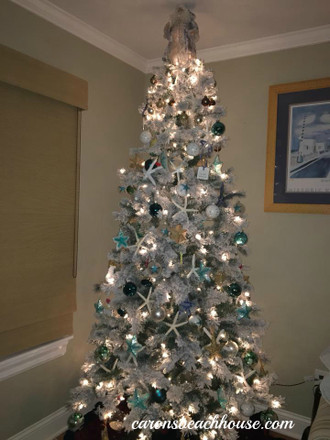 Take a Look - MORE Amazing Christmas Trees!