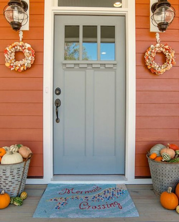 Fall at the Beach - Front Door Ideas!