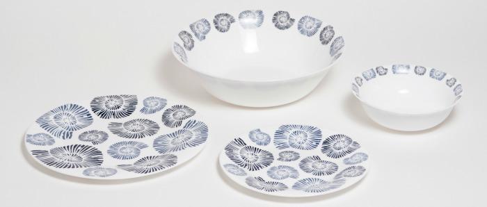 blue-shells-tableware.jpg