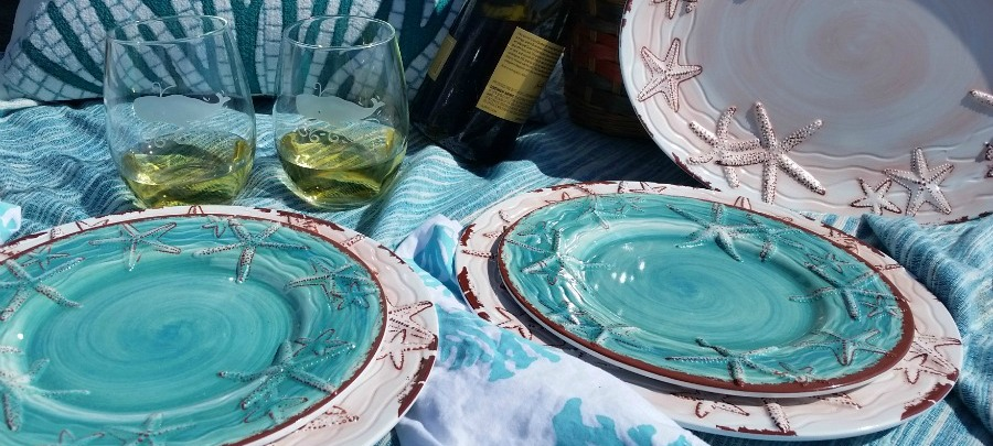 slider.900-outdoor-dinnerware.jpg