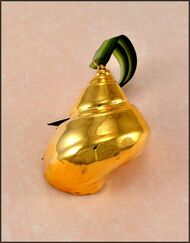 Gold Turban Shell Ornament