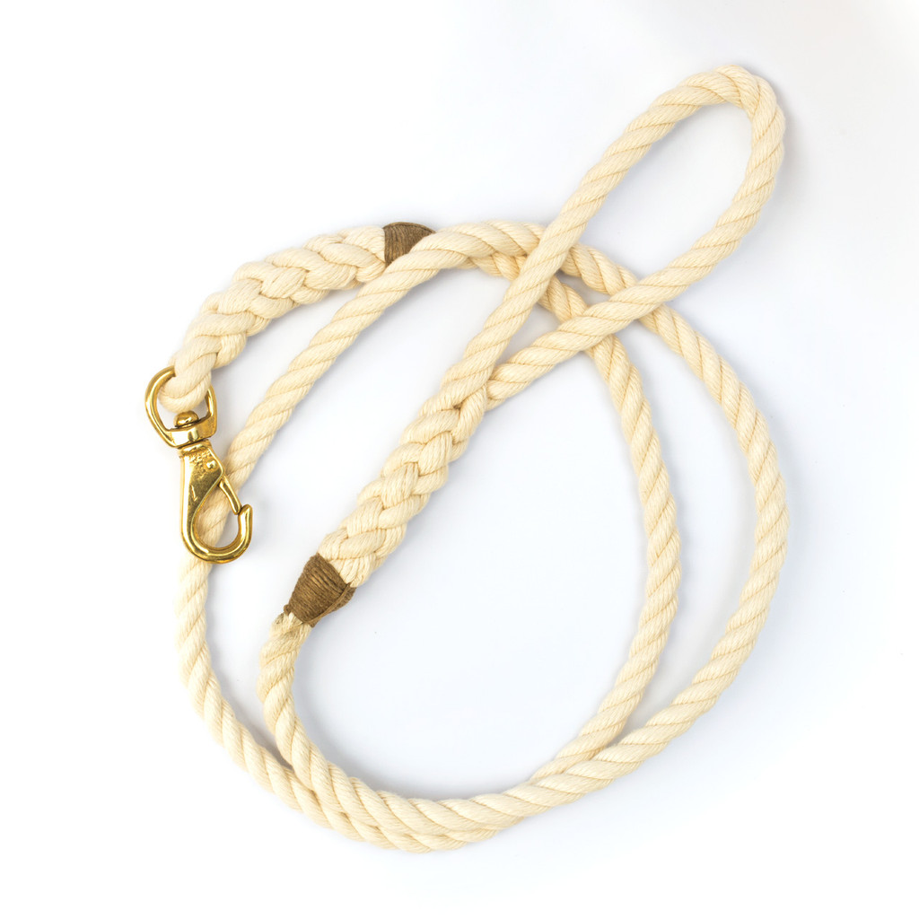 POSH dog leash in off-white