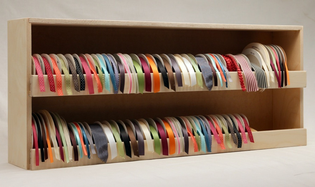 Look! A place for all of your pretty ribbon.