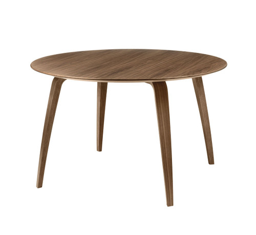 GUBI - DINING TABLE ROUND WALNUT
