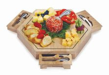 Oak and Olive Bergamo Deluxe Cheeseboard