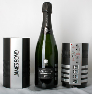 Champagne Bollinger 2002 Bond 007 Gift Pack 750ml