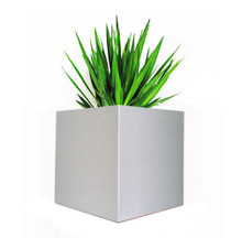 Madiera Square Aluminum Outdoor Planter 16x16x16