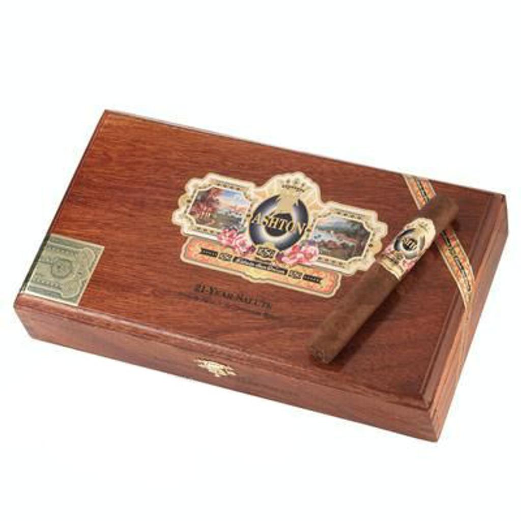 Ashton ESG 21 Year Salute Cigars - 5 1/4 x 52 (Cedar Chest of 25)