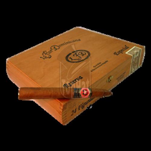 La Flor Dominicana Reserva Especial Figurado Cigars - 6 1/2 x 52