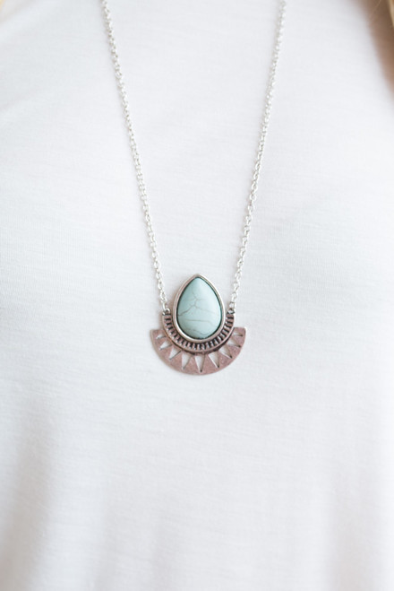 Cutout Aztec Stone Necklace - Mint/Silver