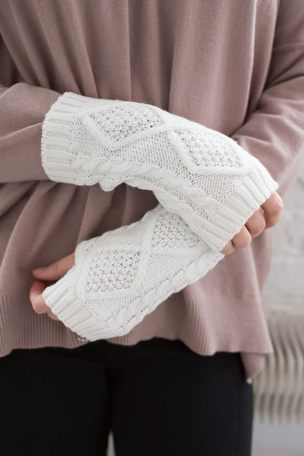 Cable Knit Fingerless Handwarmers - Ivory