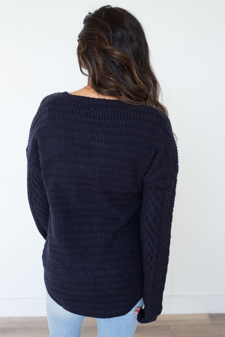 Rink V-Neck Sweater - Navy