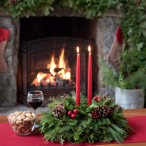 Christmas table centerpieces real and fresh wreaths