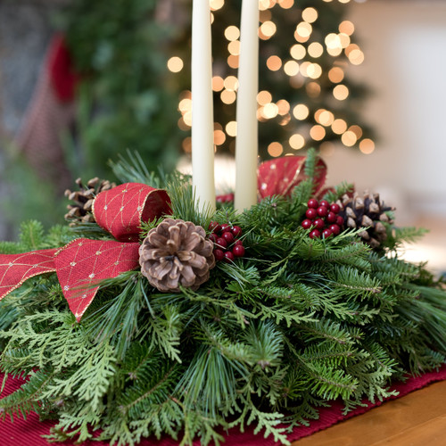 Fresh Christmas Wreaths, Holiday Table Centerpieces