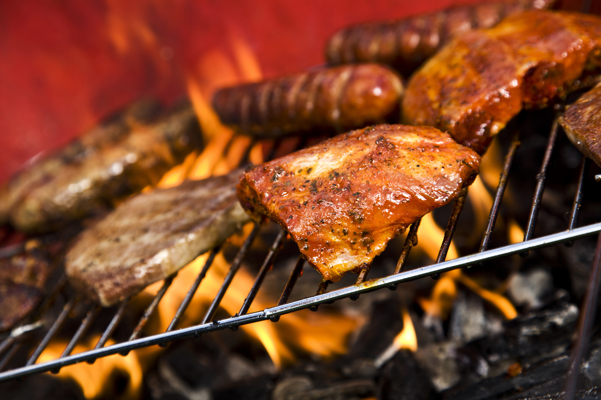 Become The Grill Master The Top 7 Benefits Of Using A Charcoal Grill Pk Grills