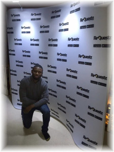 8ft Curved EZ Tube Step & Repeat Display