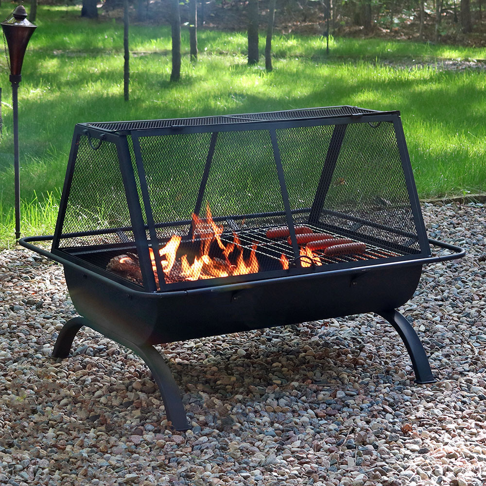Sunnydaze Northland Grill Fire Pit & Protective Cover