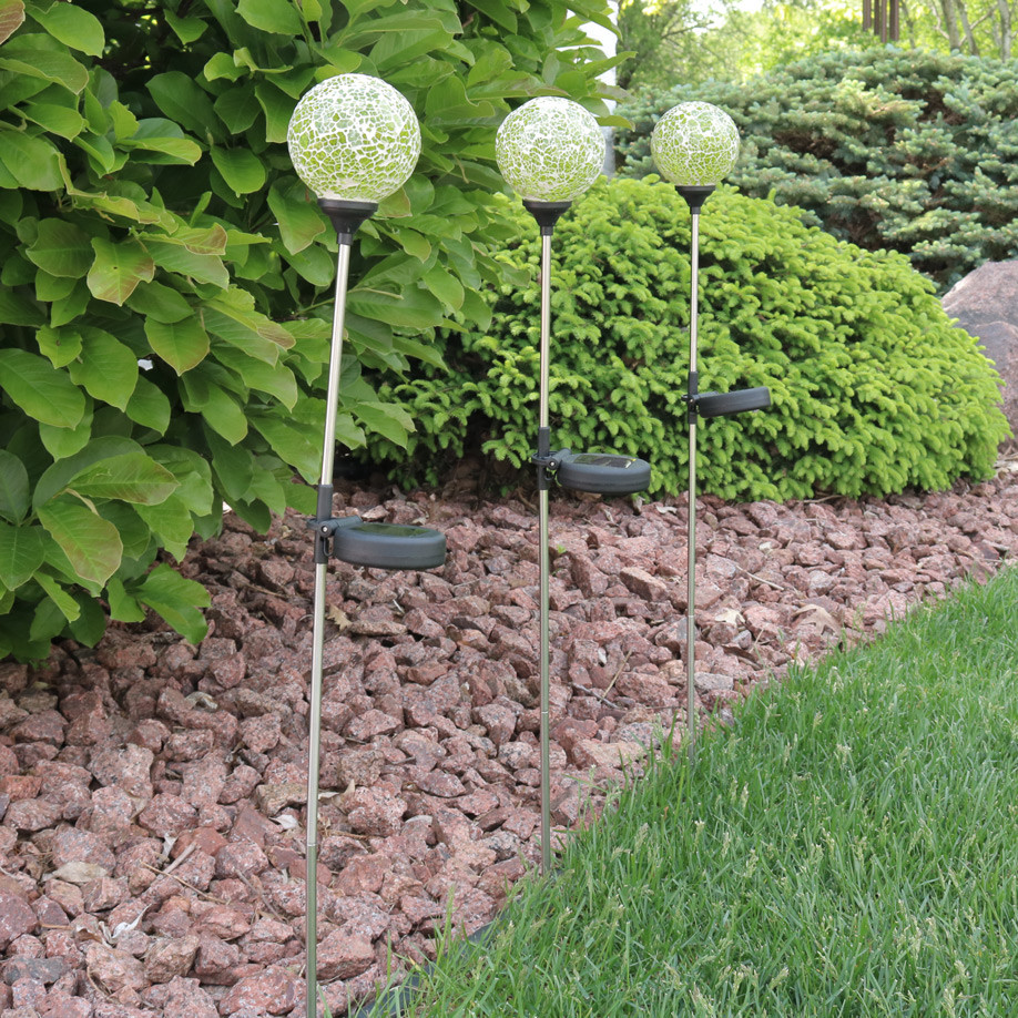 Sunnydaze mosaic crackle glass decorative ball solar led for Decorative garden stakes