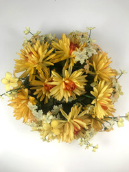 """CANDLE RING 3"""" MUMS YELLOW"""