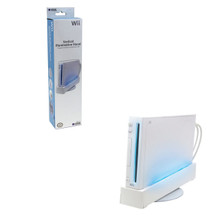Wii Vertical Illumination Stand - White with Blue Light (Hori) UHWI-14