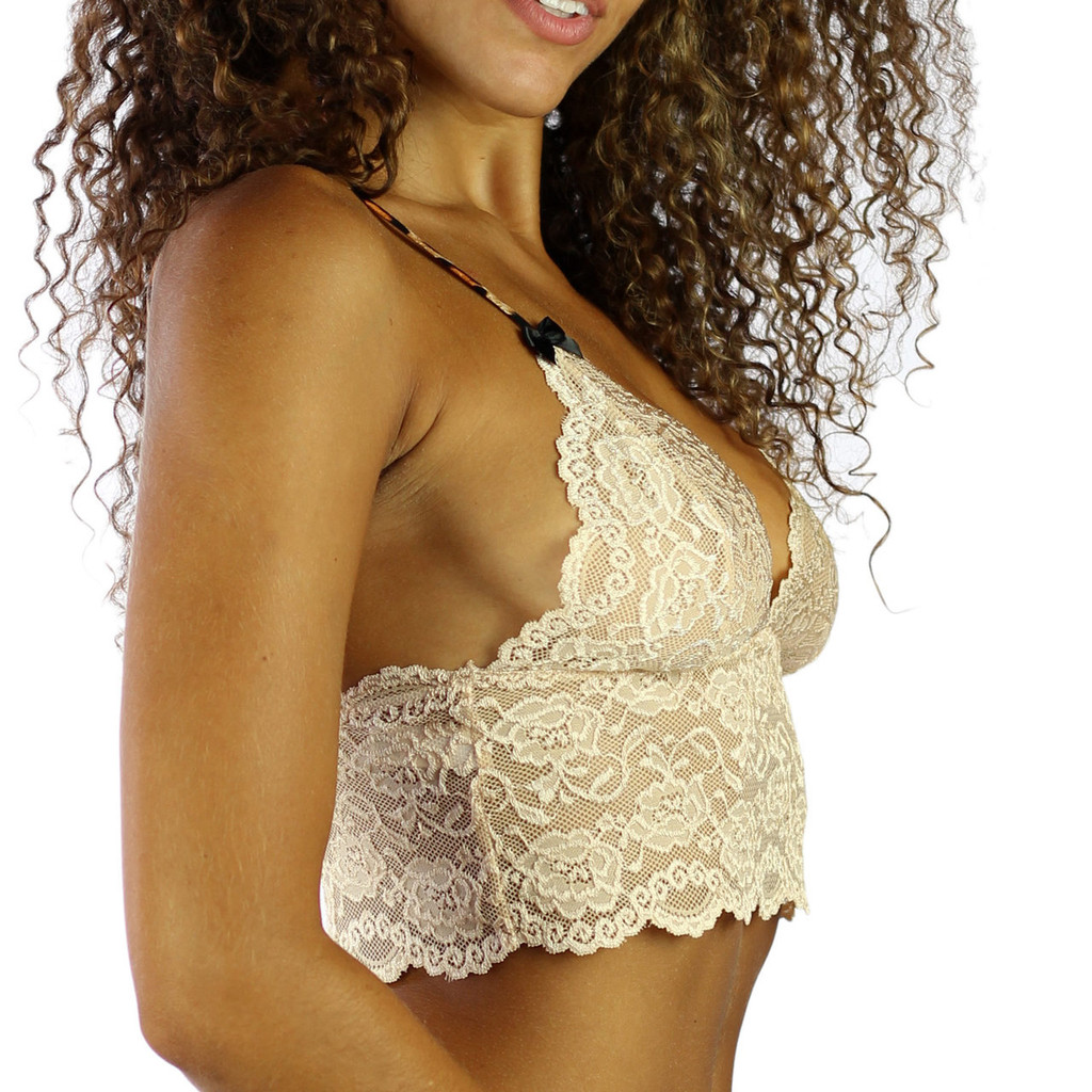 The soft lace bralette offers support paired with the cotton adjustable straps that offer more support than elastic.