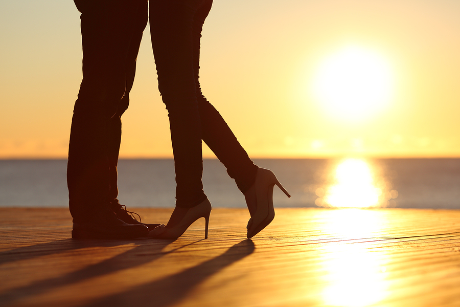 bigstock-couple-legs-falling-in-love-hu-84159410.jpg