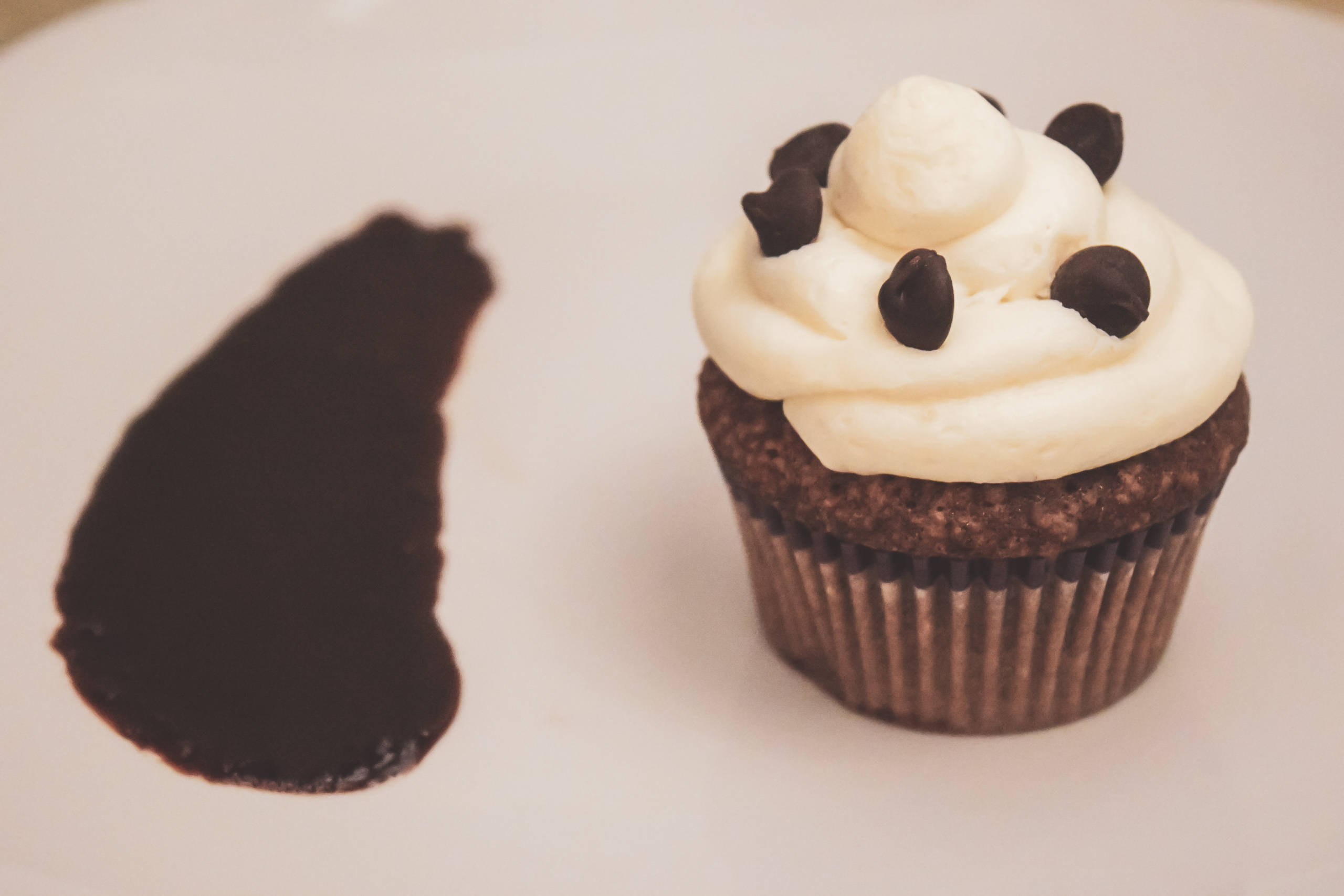 Christopher's Bakery | Dessert | Baked Good | Cupcake | Cocoa Pound | Chocolate
