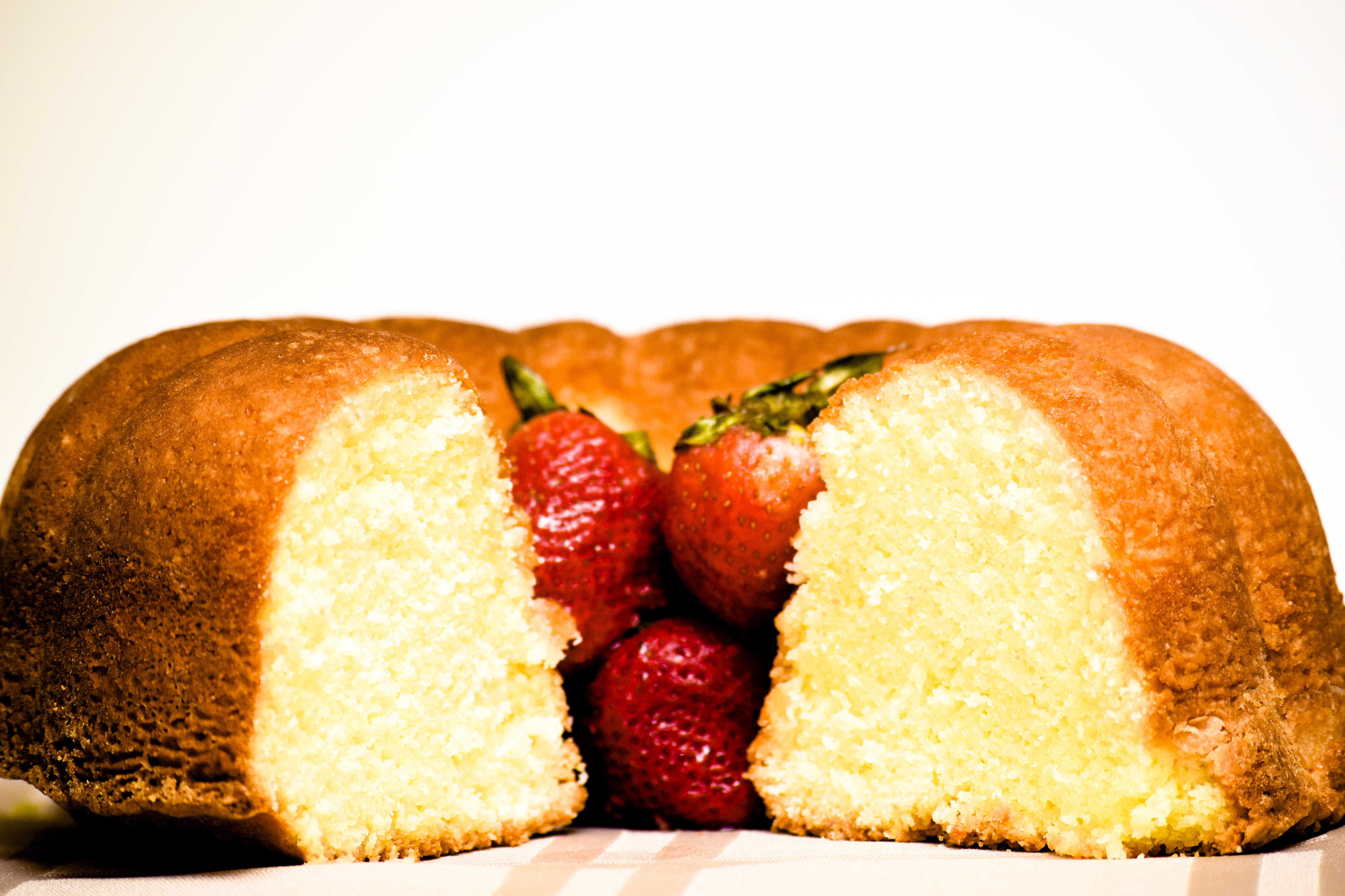Christopher's Bakery | Pound Cake | A Close Up Look At Our Grandma's Pound Cake and Strawberries