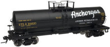 Atlas O Anchor Gas/UTLX  11,000 gallon  tank car, 3 rail or 2 rail