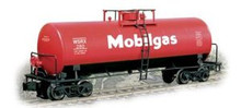 Weaver Mobil  40' tank car, 3 rail or 2 rail