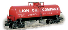 Weaver Lion Oil 40' tank car, 3 rail or 2 rail